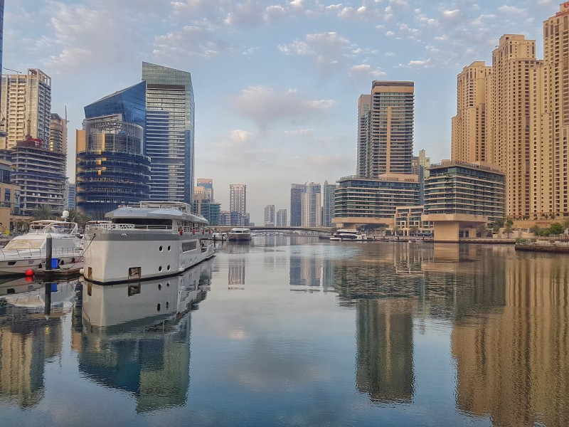 Sunrise run around Dubai Marina